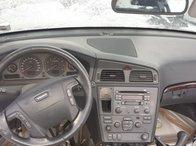 Dezmembrez Volvo V70 XD AWD(4X4) 2.5 turbo benzina 2002