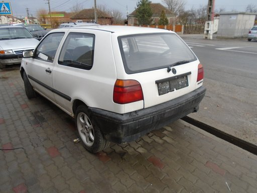 Dezmembrez VW golf 3 1.4 benzina din 1995