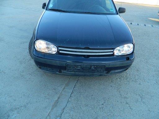 Dezmembrez VW Golf 4 1,4 16 v din 1999