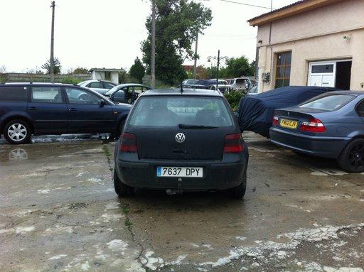 DEZMEMBREZ VW GOLF 4 1.4 16V, AXP 75 CP IN 23 AUGUST, MANGALIA