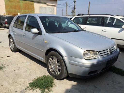DEZMEMBREZ VW GOLF 4 1.9 TDI AJM IN 23 AUGUST, MANGALIA