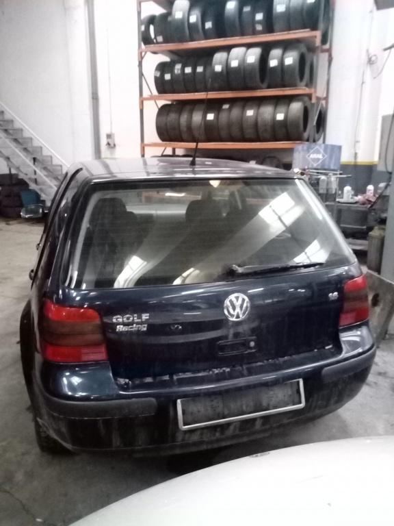 Dezmembrez VW Golf 4 2005 Hatchback 1.6