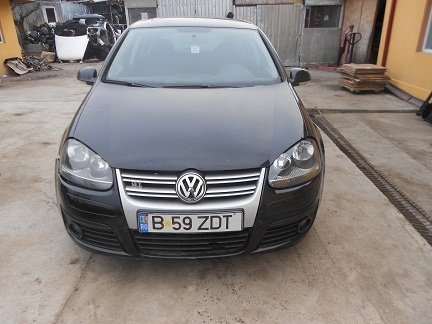 Dezmembrez VW Golf 5 1.9 TDI BXE 2009