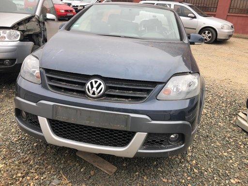 Dezmembrez VW Golf 5 Cross 1,9 BLS an 2009 105 CP