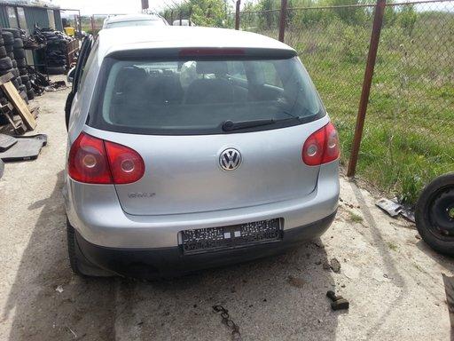 Dezmembrez VW Golf 5
