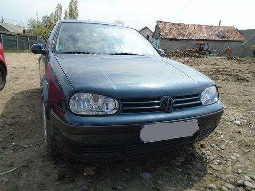 Dezmembrez VW GOLF IV 1,4 16V
