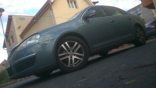 Dezmembrez Vw Jetta 1.9 TDI BXE, BKC, BJB, 2.0 TDI BKD, cutie DSG, 2004 - 2011, Volkswagen