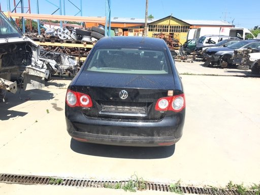 Dezmembrez VW Jetta 2010 berlina 1600