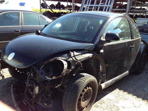 Dezmembrez VW New Beetle