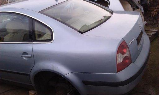 Dezmembrez VW Passat 2.0 i