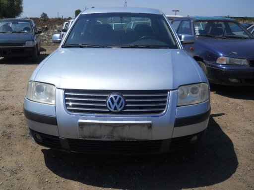 Dezmembrez VW Passat B5 2002 limuzina 1,9 tdi