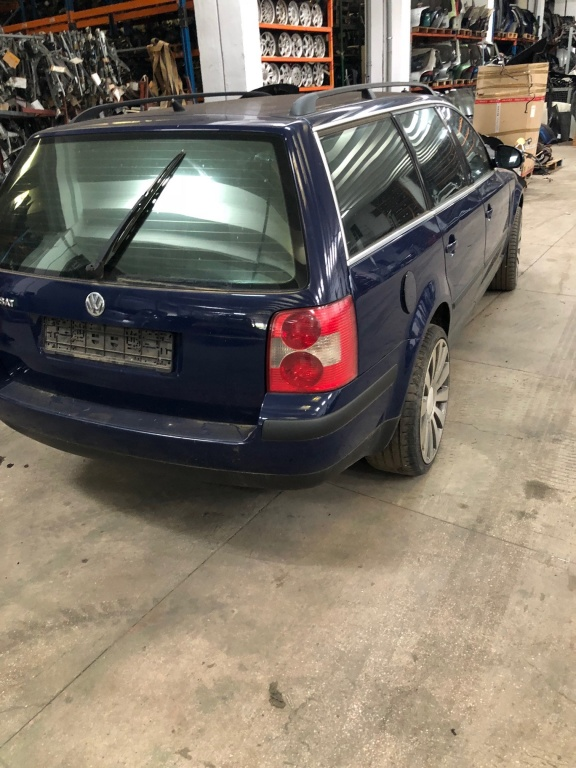 Dezmembrez VW Passat B5 2004 Combi 1.9 TDI