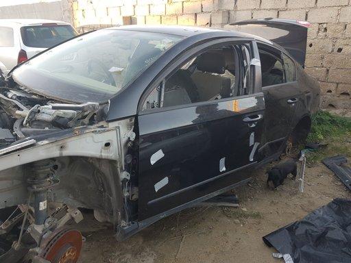 Dezmembrez VW Passat B6 2006 BERLINA 2.0 tdI