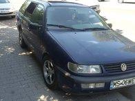 Dezmembrez VW Passat Intermediar combi 1.9 Tdi 90 cp an 1997