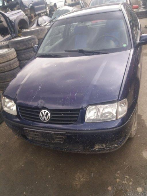 Dezmembrez VW Polo 1.0 MPI 2000