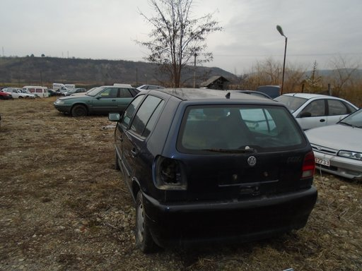 Dezmembrez VW Polo 1996 , 1,4 B AC