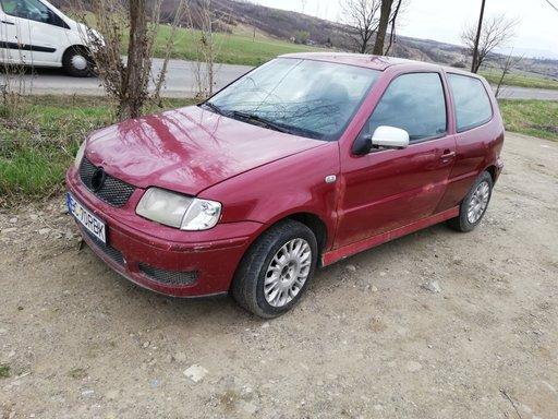 Dezmembrez VW Polo 2000 1,4 TDI