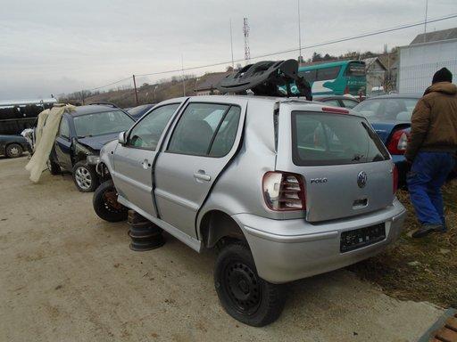 Dezmembrez VW Polo 2001 , 1,4 B 16 V