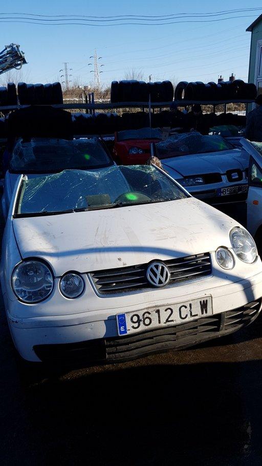 Dezmembrez VW Polo 2003 1.2 AZQ