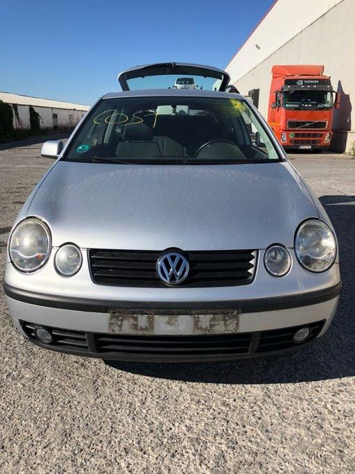 Dezmembrez VW Polo 9N 2004 coupe 1.4