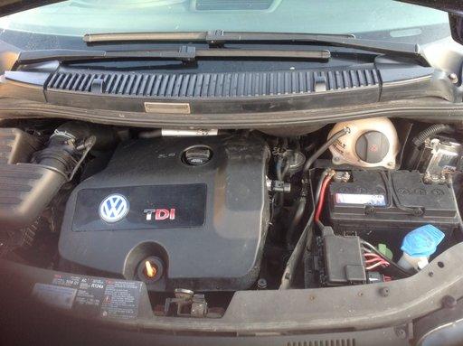 Dezmembrez VW Sharan, AUY 116 cp, an fab 2004, 7 locuri