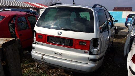 Dezmembrez VW Sharan, motor 1.9 diesel, an 2001
