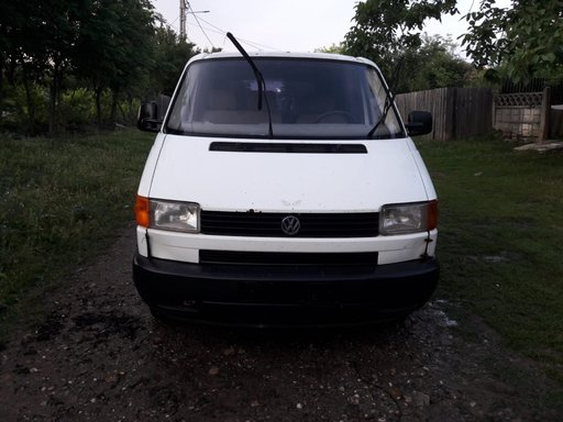 Dezmembrez VW T4 1.9d 1997