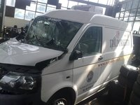 DEZMEMBREZ VW T5 AN 2012 2.0 TDI CUTIE VITEZA 5+1 TREPTE VARIANTA CU FRIGORIFICA