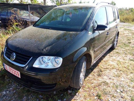 Dezmembrez VW Touran 1.9tdi 105cp