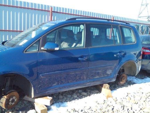 Dezmembrez VW Touran 2.0 TDI, 2005