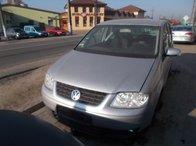 Dezmembrez VW Touran 2.0 Tdi , din anul 2006