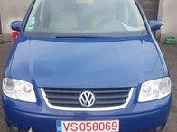 Dezmembrez VW Touran 2004 COMBI 2.0