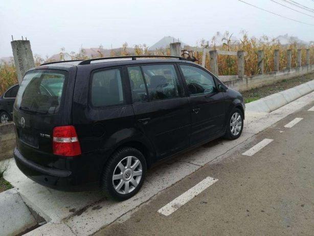 Dezmembrez VW Touran 2005 Mono-Volum 2.0 TDI
