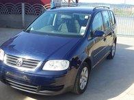 Dezmembrez VW Touran din 2006