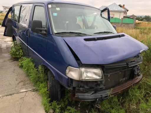Dezmembrez VW Transporter 2.5 109cp an 1999