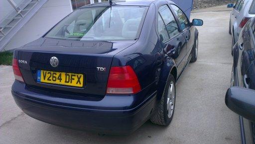 DEZMMBREZ VW BORA 1.9 TDI 2000