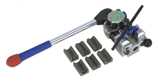 Dispozitiv penreu bercuit/bordurat capete ale conductelor de frana de cupru şi oţel