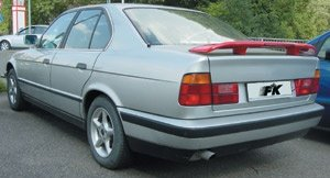 ELERON BMW E38 CU STOP FRANA DIN PLASTIC -COD FKDH203