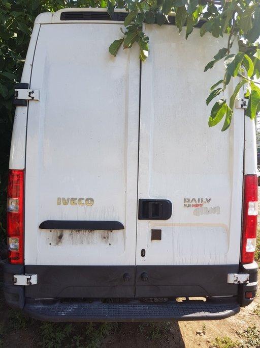Far dreapta Iveco Daily IV 2009 Duba 2.3