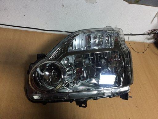Far stanga Nissan X-Trail 2007-2010