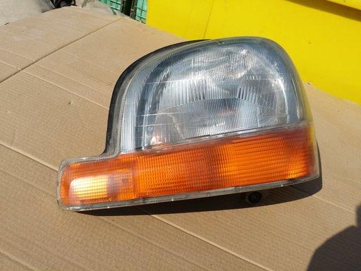 Far stanga Renault Kangoo an 2002