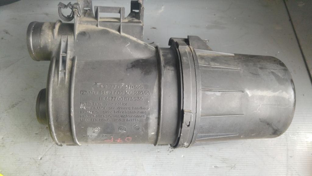 Filtru aer 1.2 benz d7f renault twingo clio 1 7700110525