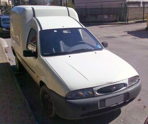 FORD COURIER 1.8 D 1997