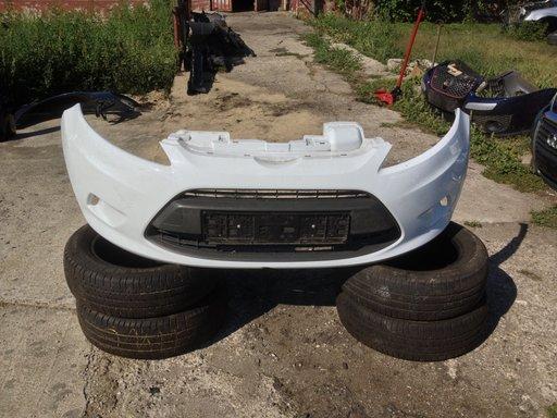 Ford Fiesta - bara fata cu girla centrala din 2011 , produs original fara defecte