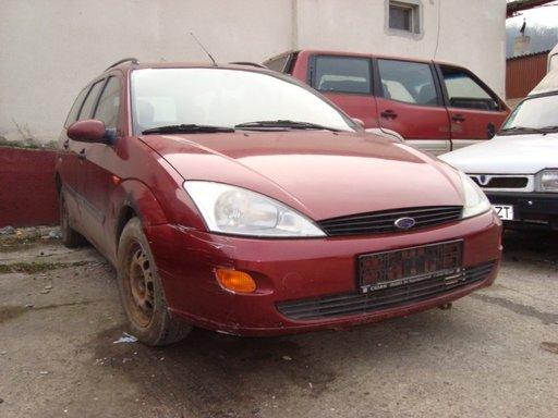 Ford Focus 1.8 tddi 90 cp