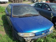 Ford Mondeo Albastru 1.8 Benzina 1995
