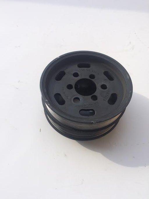 Fulie pompa servo Audi A4 B8 2.0 tdi 038145255B