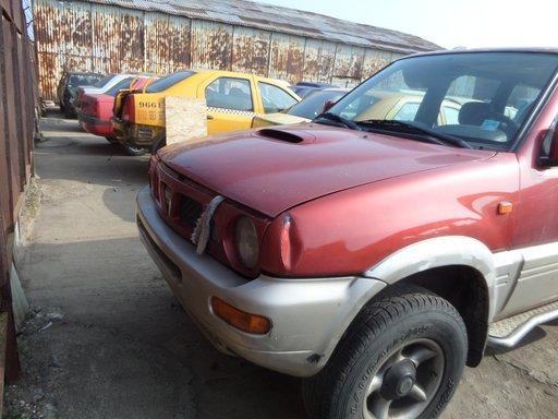Fuzeta Fata Nissan Terrano din 1997