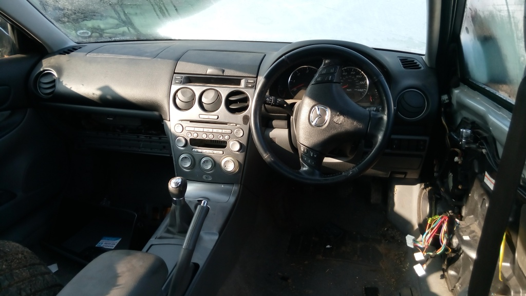 Fuzeta stanga fata Mazda 6 2005 Berlina 2.0 diesel