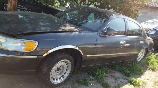 Fuzeta stanga spate Lincoln Town Car 2003 berlina 4.6